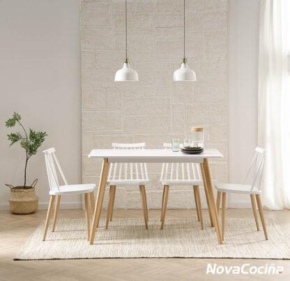 Image de mesa estilo nórdico CAPRI blaca con patas de madera