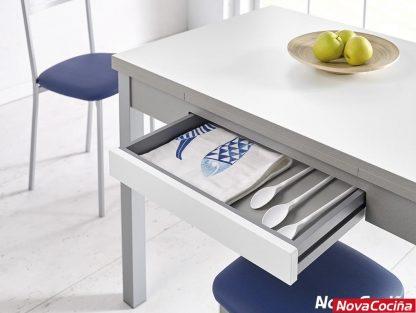 mesa extensible para cocina modelo Meri