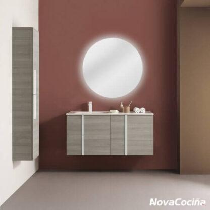 mueble de lavabo marrón con detalle en blanco