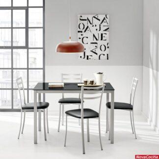 mesa ágata y sillas Kati